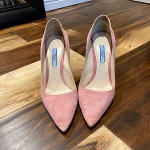 Prada pink suede pump